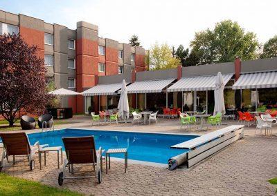 Mercure Hotel Aachen Europlatz Pool und Terrasse